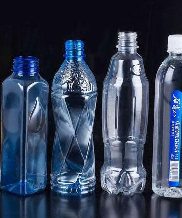 Injection molding solution for packaging beverage industry